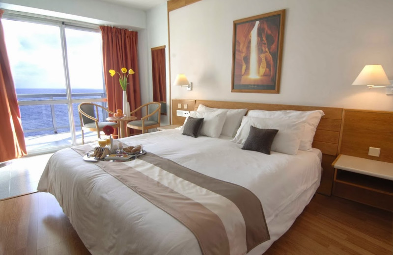 Guest room at Preluna Hotels and Towers.