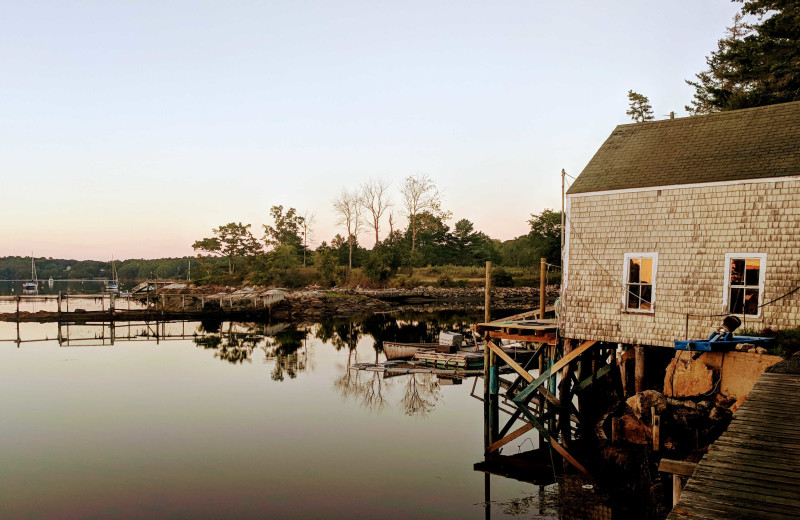 Exterior view of Riverview Lobster Pound Cottages.
