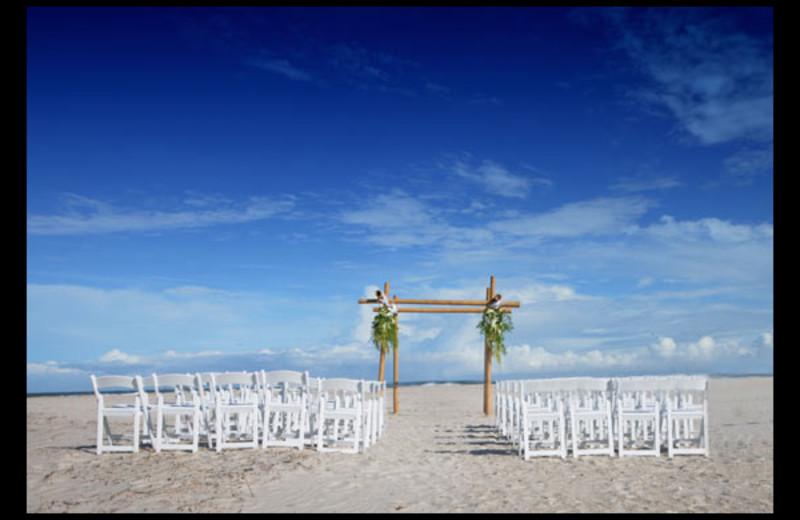 Wedding ceremony at Shell Island Resort.