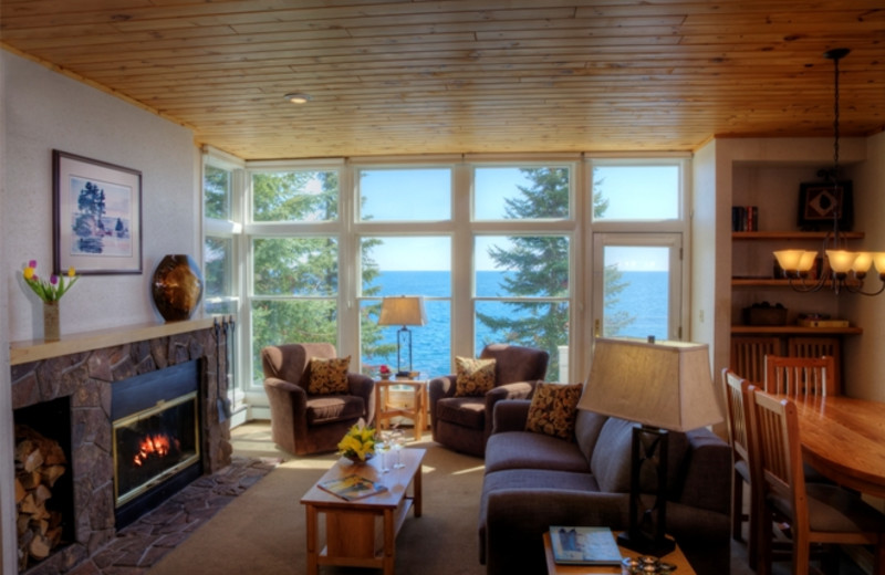 Guest living room at Bluefin Bay.