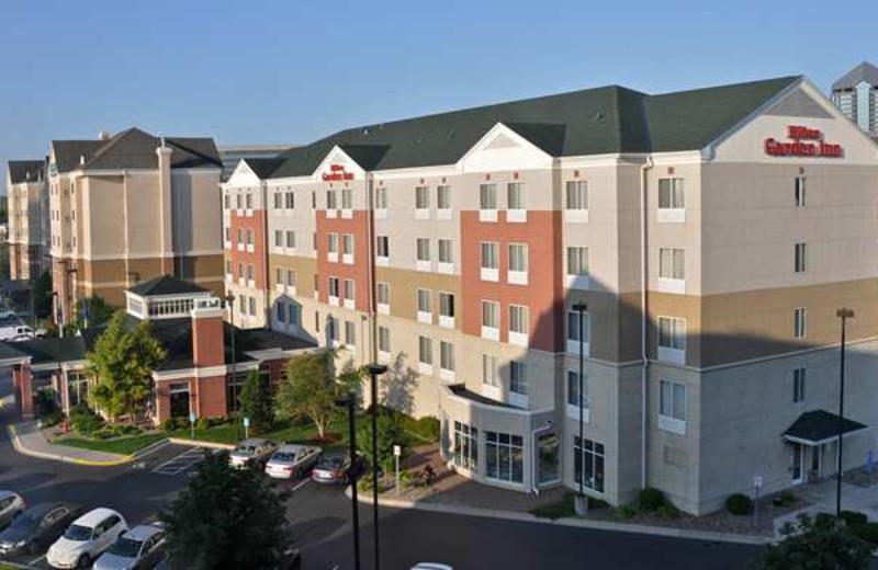 Exterior view of Hilton Garden Inn Bloomington.