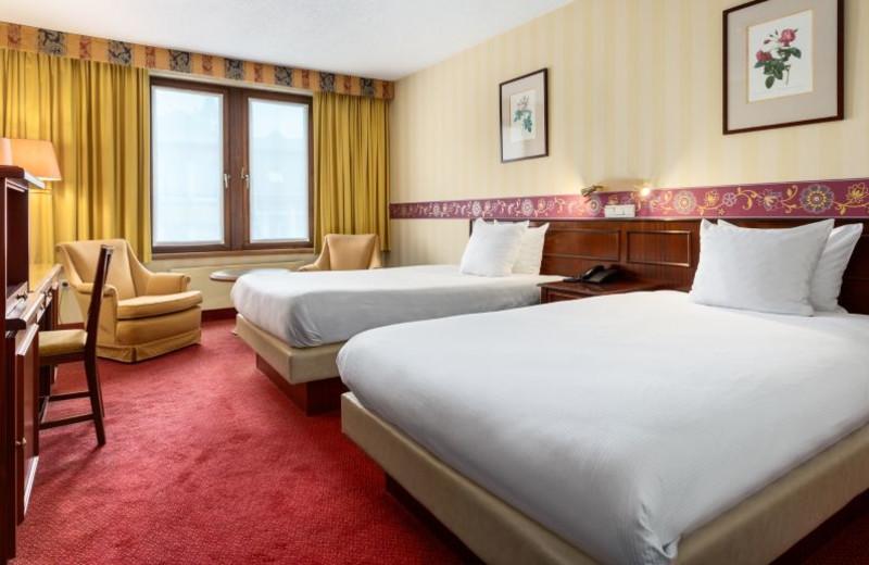 Guest room at Hotel NH Mechelen.