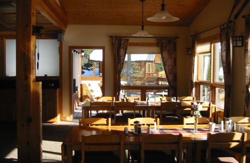 Dining room at Mount Engadine Lodge.