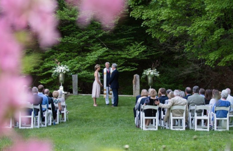 Wedding at Four Columns Inn.