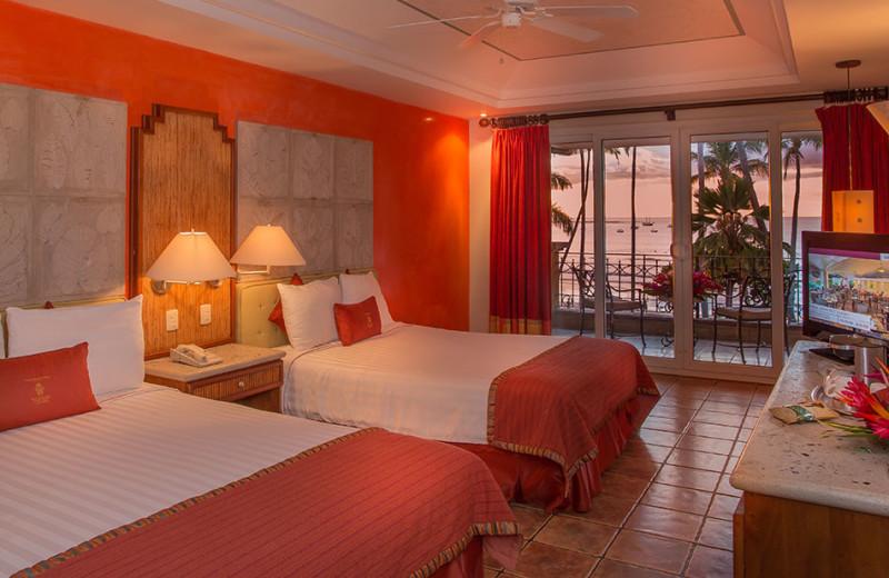 Guest room at Tamarindo Diria Hotel.