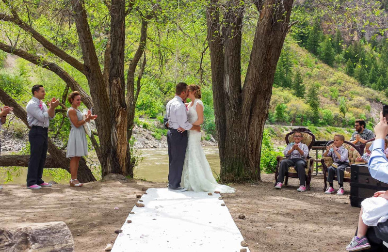Weddings at Glenwood Canyon Resort.