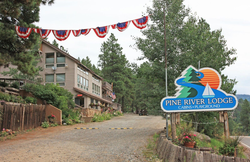 Welcome to Pine River Lodge.