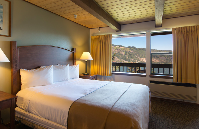 Guest room at Westcliff Lodge.