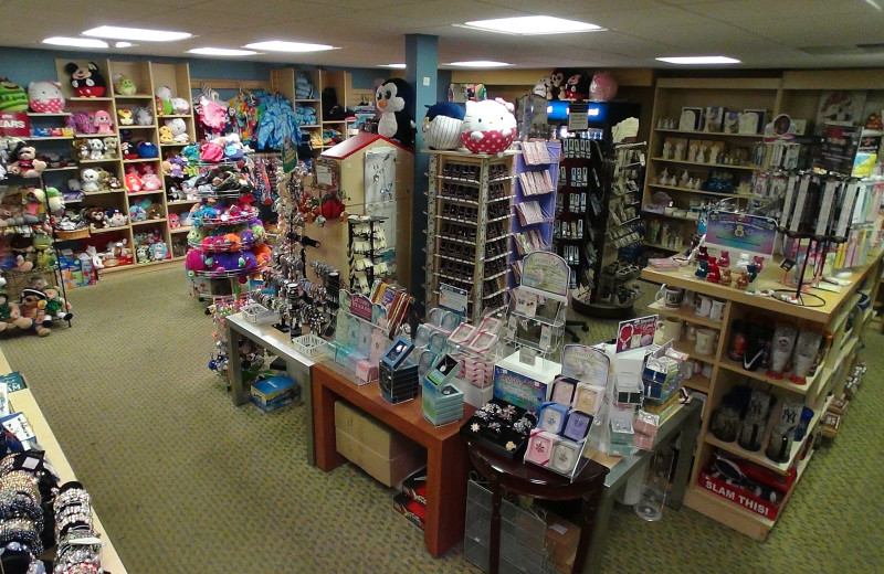 Gift shop at Villa Roma Resort.