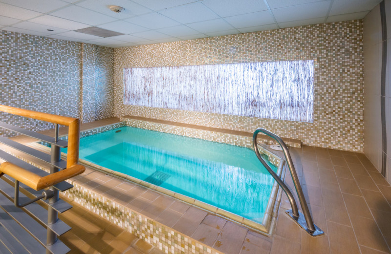Indoor spa pool at Vail Mountain Lodge & Spa.