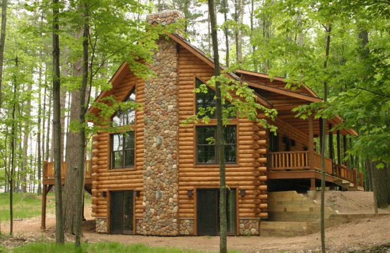 Cabin exterior at The Beacons of Minocqua.