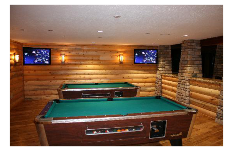 Billiards table at Grand Lodge at Brian Head.