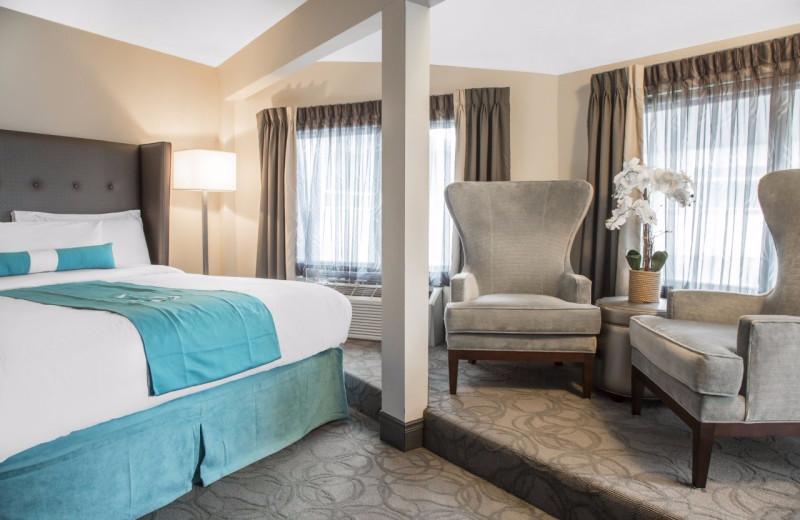 Guest room at Aqua Blue Hotel.
