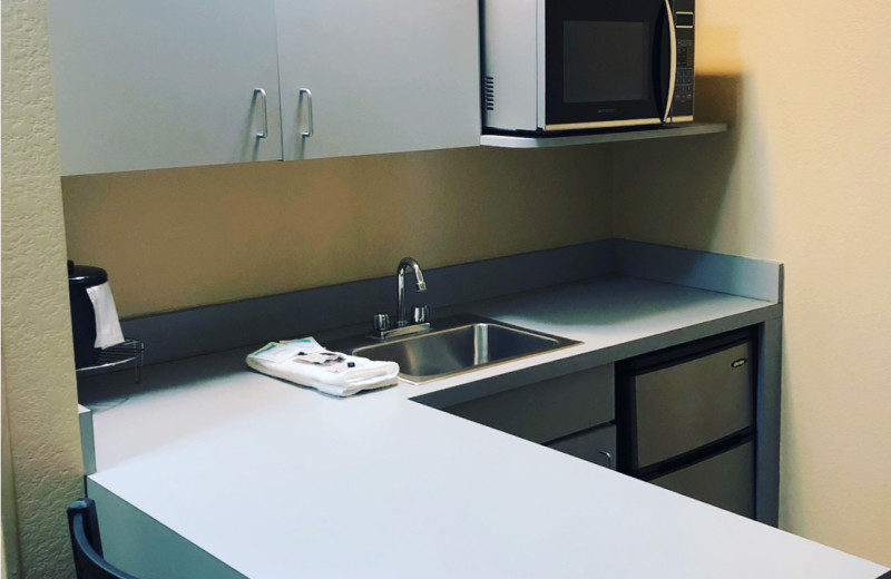 Guest kitchenette at Jorgenson's Inn & Suites.