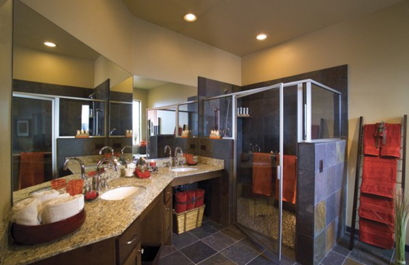Suite bathroom at Red Mountain Resort.