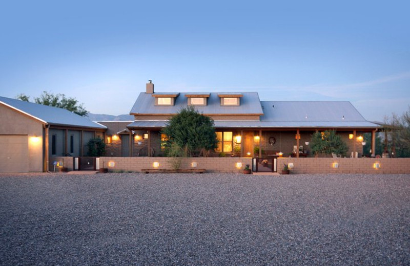 Exterior view of Desert Dove Bed and Breakfast.