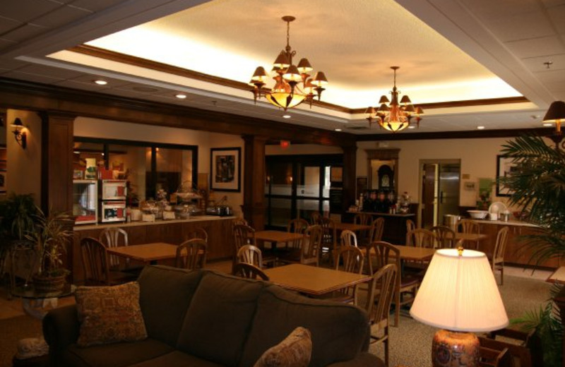 The Lobby at the Hampton Inn at Wilkesboro