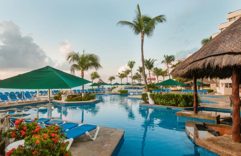 Outdoor pool at Royal Solaris Cancun Resort Marina and Spa.