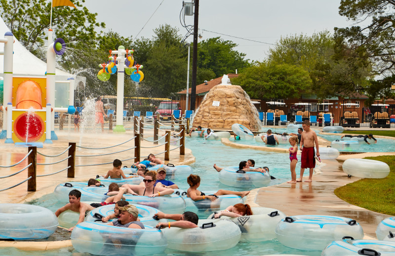Lazy river at Lone Star Jellystone.