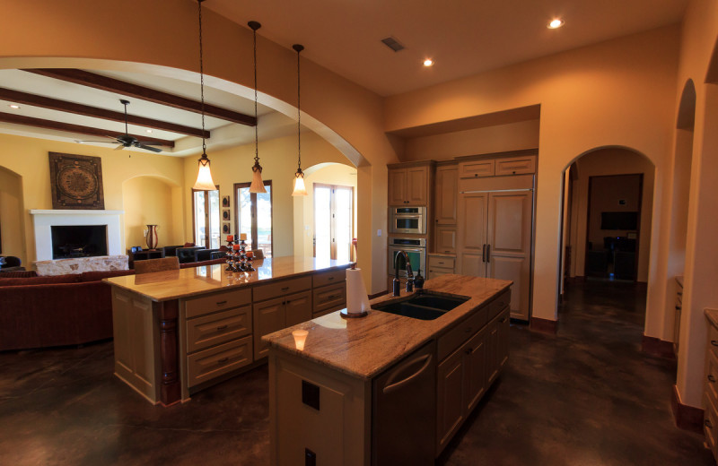 Rental kitchen at The Vineyard at Florence.