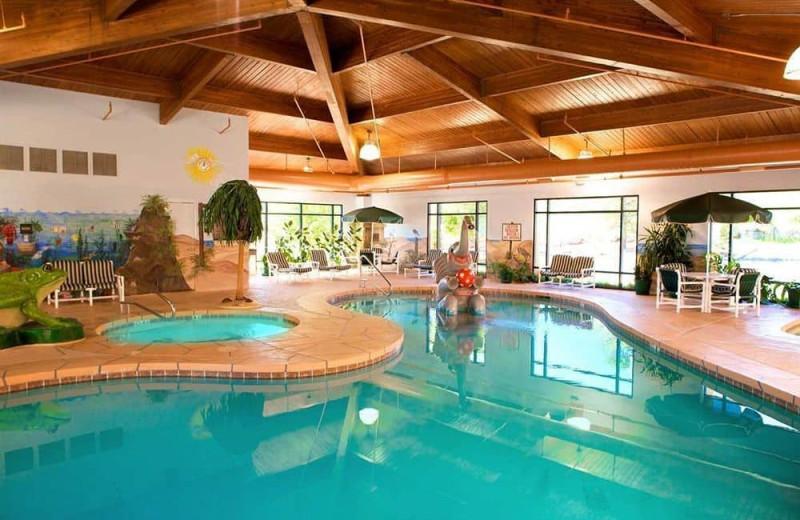 Indoor pool at Hampton Inn Prescott.