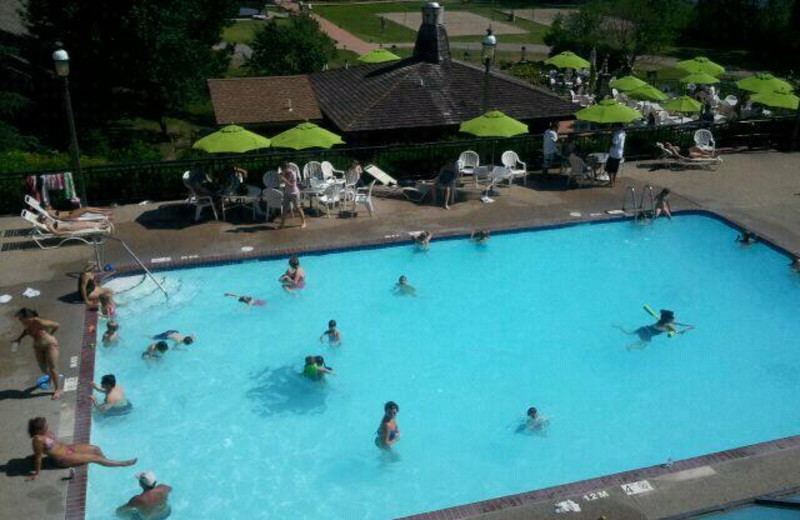 Outdoor swimming pool at Arrowwood Resort.