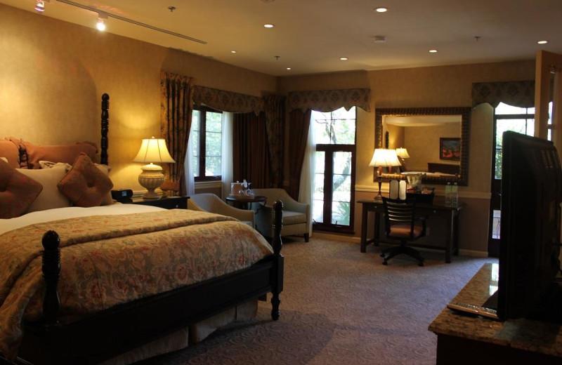 Suite bedroom at Vintners Inn.