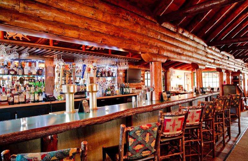 Bar at Emerson Resort & Spa.