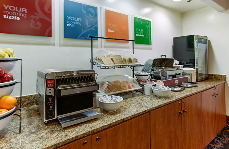 Continental Breakfast at Comfort Inn & Suites San Francisco Airport North