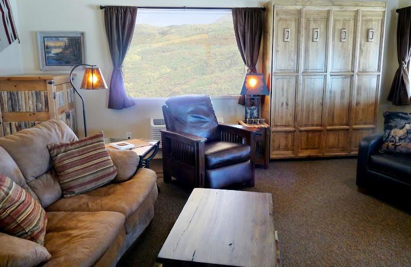 Cabin living room at Morris' Last Resort.