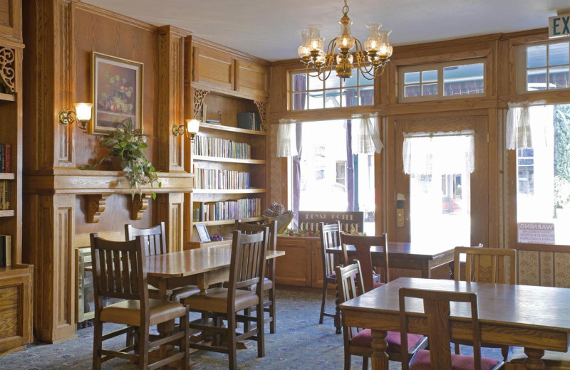 Interior view of Royal Carriage Inn.