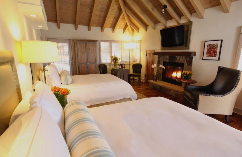 Guest room at Vintage Inn.