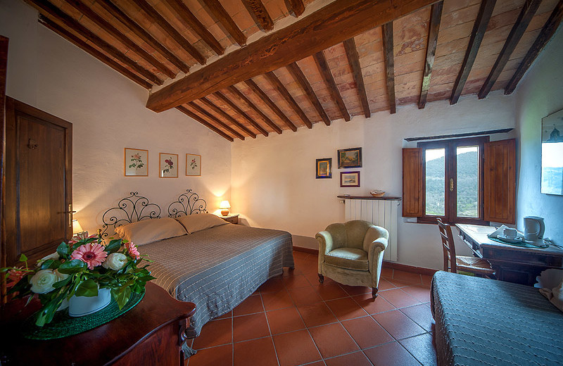 Guest room at Agriturismo Podere San Lorenzo.