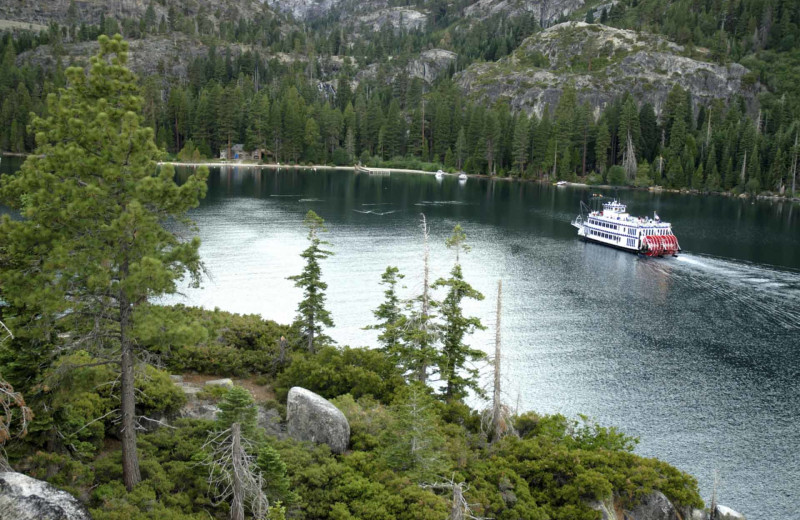 River cruise at Stoneridge Resort.