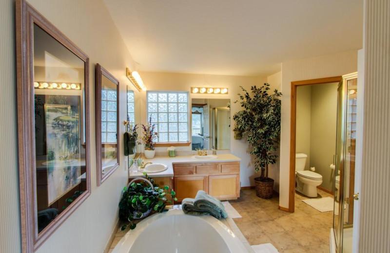 Vacation rental bathroom at Vacasa Rentals Sunriver.