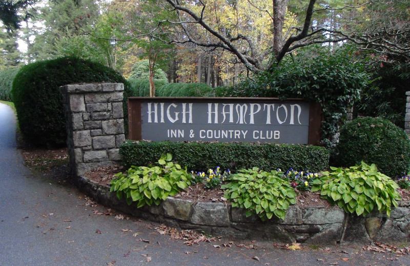 Exterior view High Hampton Inn.