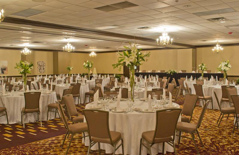 Weddings at Radisson Hotel Branson