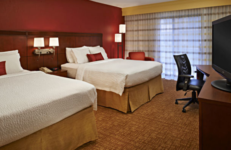 Guest room at Courtyard by Marriott Detroit Troy.