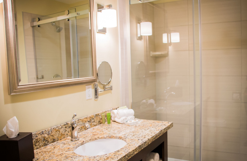 Guest bathroom at The Inn at Harbor Shores.