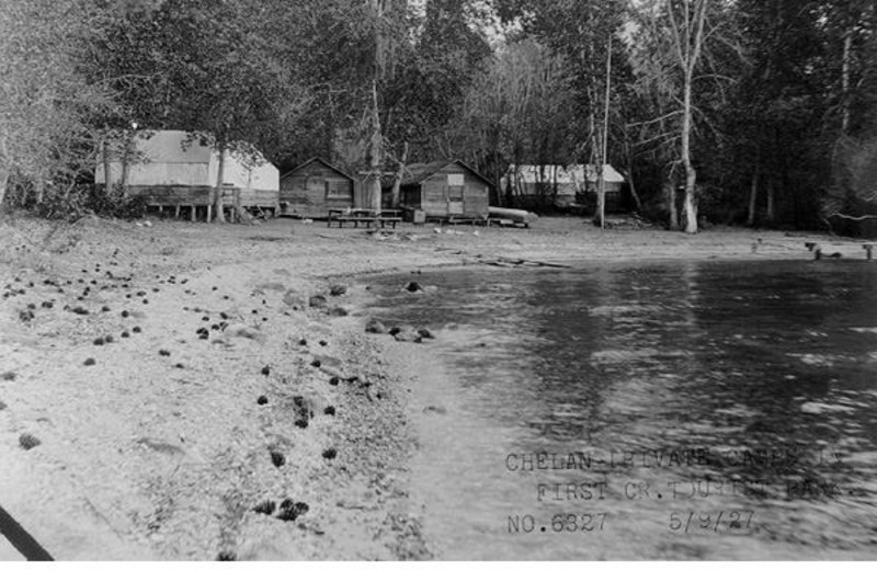 Historical photo of Watson's Harverene Resort.