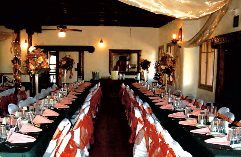 Group dining at Monument Lake Resort.