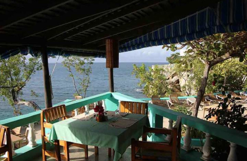 Dining at Xtabi Resort.