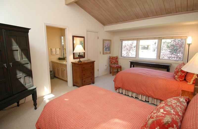 Rental bedroom at Frias Properties of Aspen - Clarendon #6.
