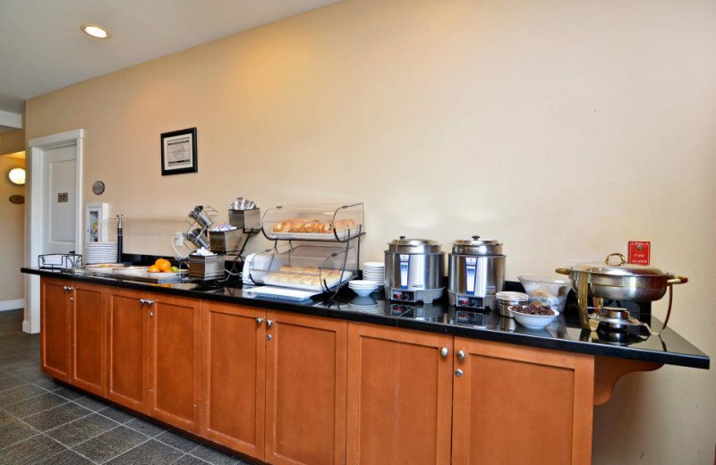 Breakfast bar at Rivertide Suites Hotel.