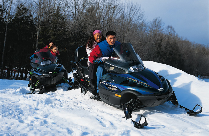 Cove Haven, Pocono Palace and Paradise Stream Resort all offer a variety of winter activities for you to enjoy during your stay.