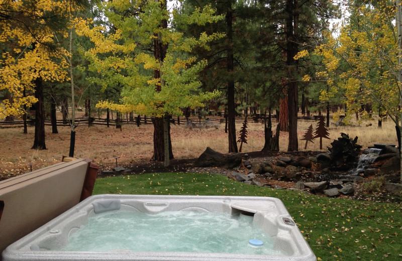 vacation rental sisters oregon hot tub