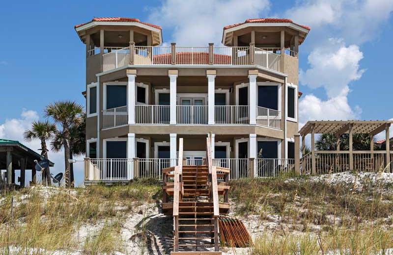 Spend your next family vacation in one of Southern's grand beachfront homes.