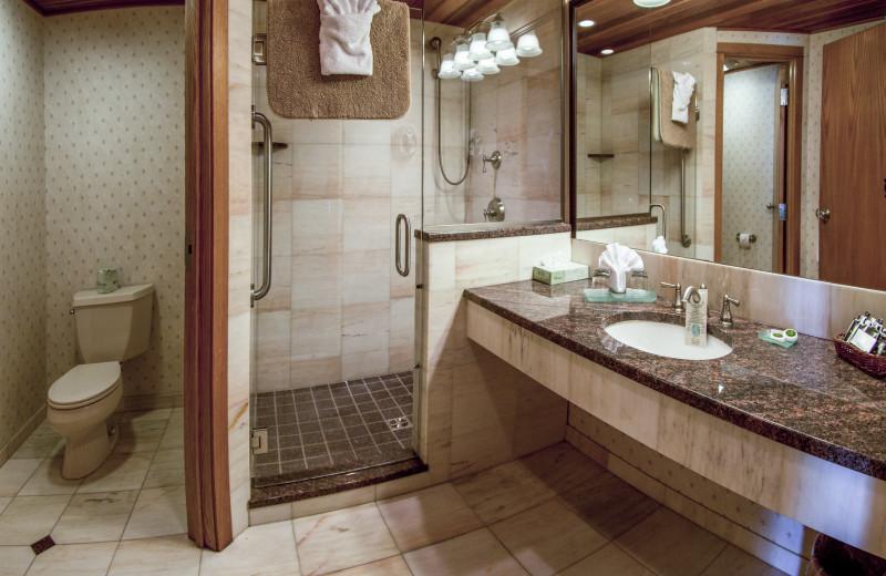 Colden Suite Bathroom with Walk-in Shower