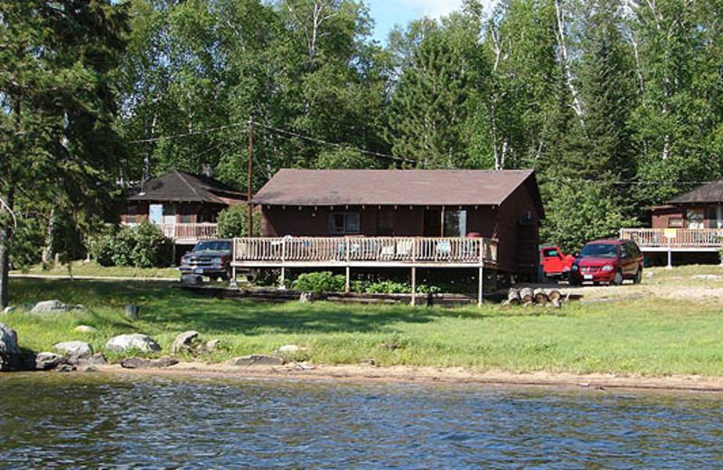 Exterior Lodge View at Life of Riley Resort