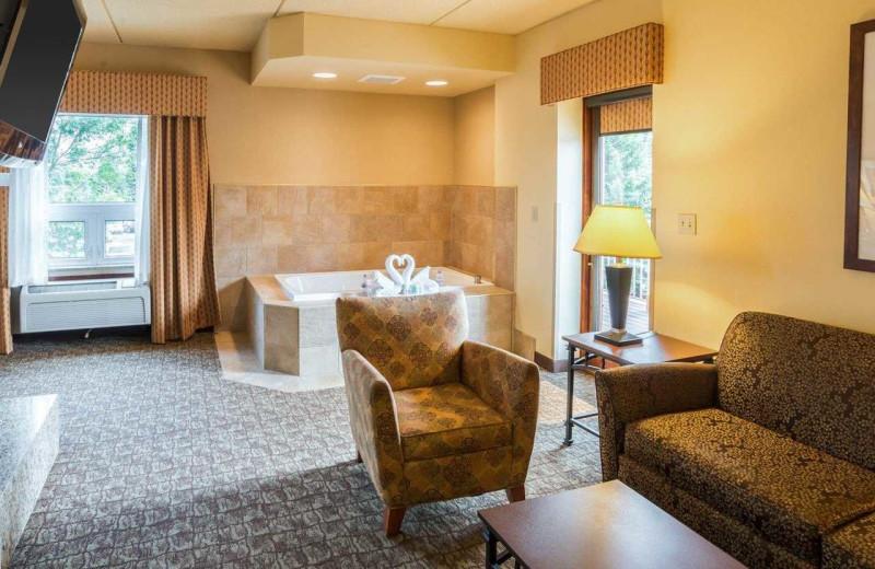 Guest suite at Comfort Suites Canal Park.